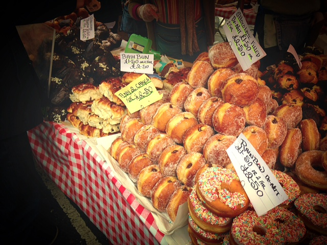 Look at those doughnuts! Despite all my walking, I resisted!